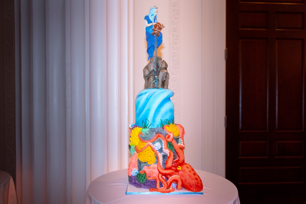 Life Bringer cake by Bella Christie and Lil' Z's Sweet Boutique